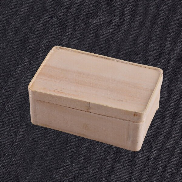 Natural Wooden Traditional Bento Box With Lid
